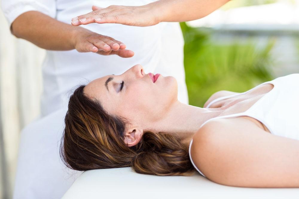 Reiki vs yoga: both complement each other