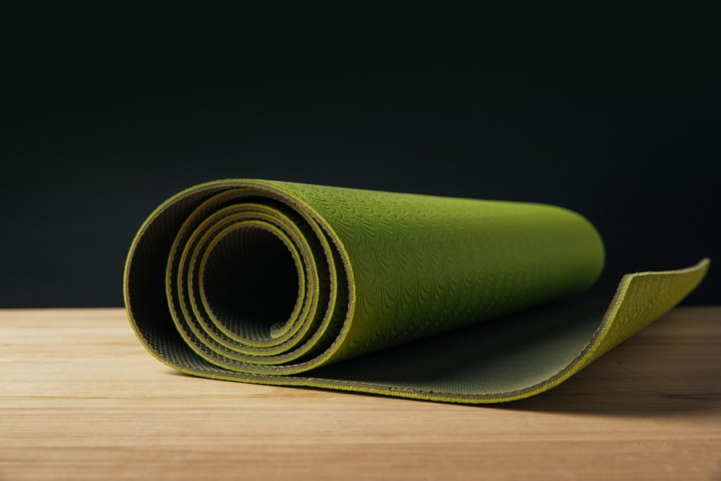 How to make yoga mat sticky