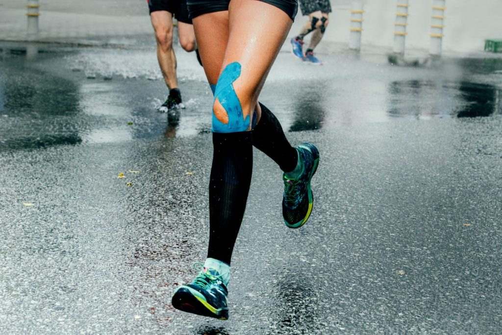 How to tape a knee for running?